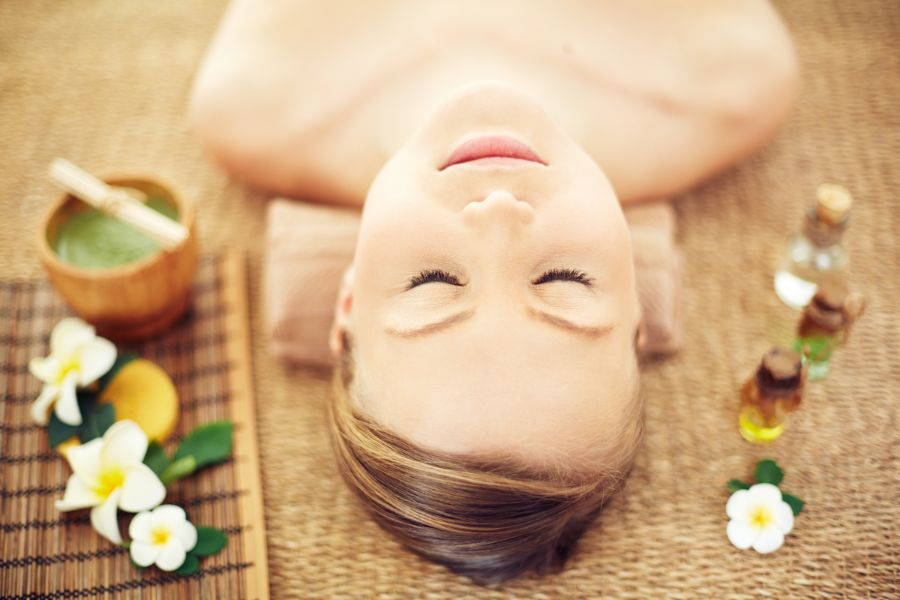in-home-massage-to-relax