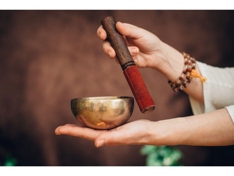 meditation-gifts-tibetan-singing-bowl
