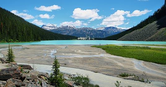 lake louise mountain lake and chateau great place to enjoy mindfulness