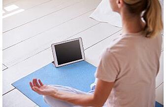 mature man doing meditation how meditation helps with emotional health