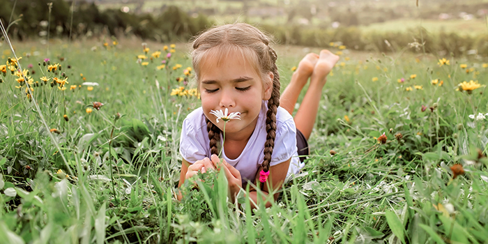 mindfulness activities for kids kid doing mindful activity